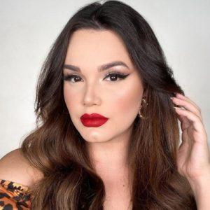 Letícia-Gomes-Contact-Information