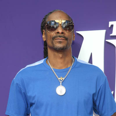 Snoop-Dogg-Contact-Information